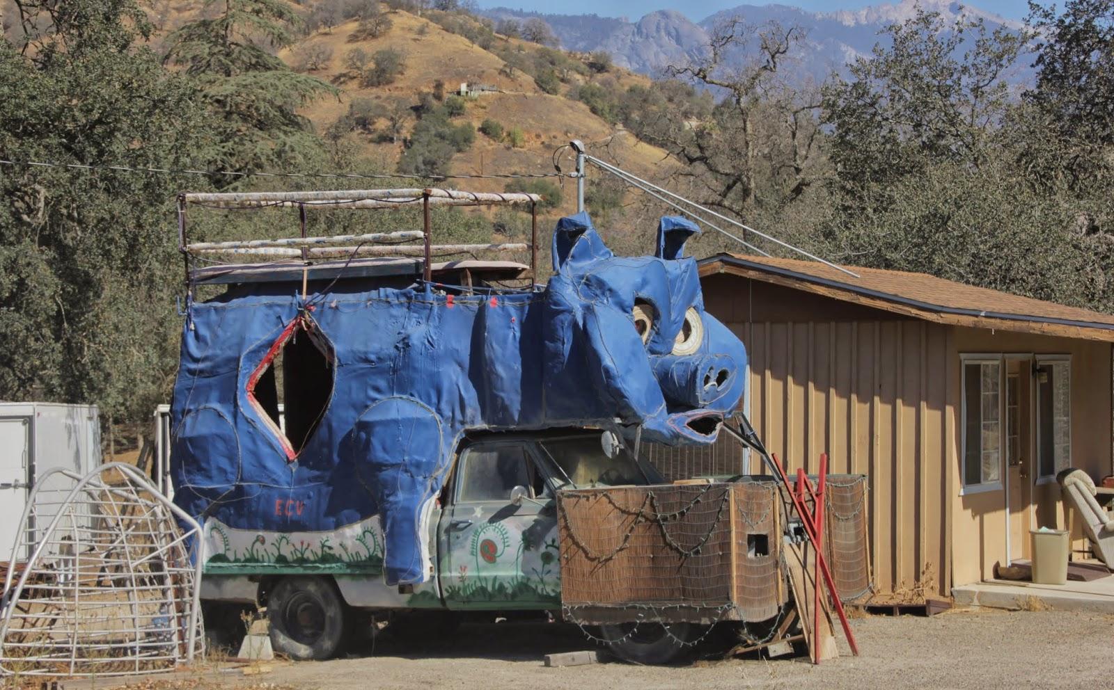 Blue Pig Pick-Up Truck Hybrid