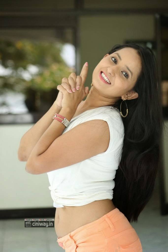 Ishika-Singh-Latest-Stills-at-Hrudaya-Kaleyam-Press-Meet
