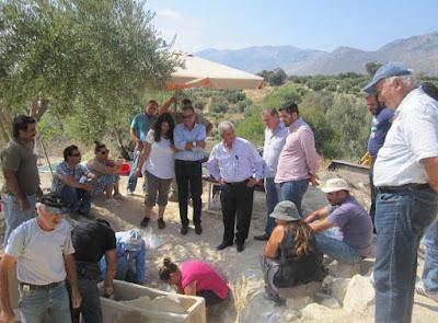 Υστερομινωικός λαξευτός τάφος βρέθηκε στη Μονή Μαλεβιζίου