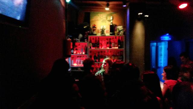 Barra junto a los baños, Bogui Dance Club