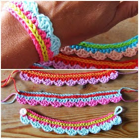 http://hakenenmeer.blogspot.ie/2013/06/tutorial-armbandje.html?m=1