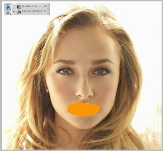 mengganti warna bibir
