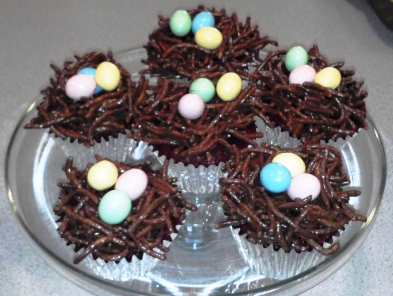 chocolate bird nests chow mein noodles