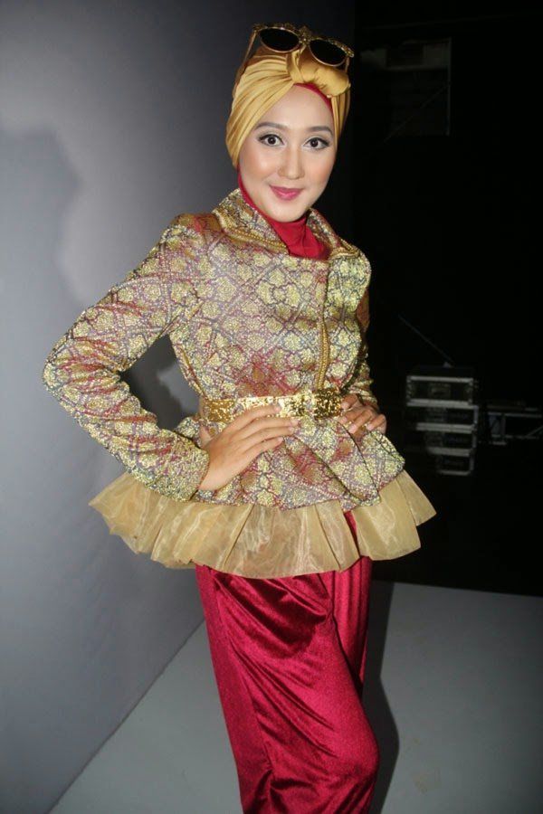 25 Model Baju Muslim Dian Pelangi Terbaik Kumpulan Model
