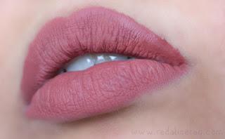 Clazona, Matte Lip Gloss, matte lips, matte lip lacquer, liquid lipstick, local lipstick, pakistani lipstick, beauty, makeup, lipstick queen, lipstick review, lip swatches, red lips, pink lips, plum lips, beauty blogger, beauty blog, pakistani lipstick best
