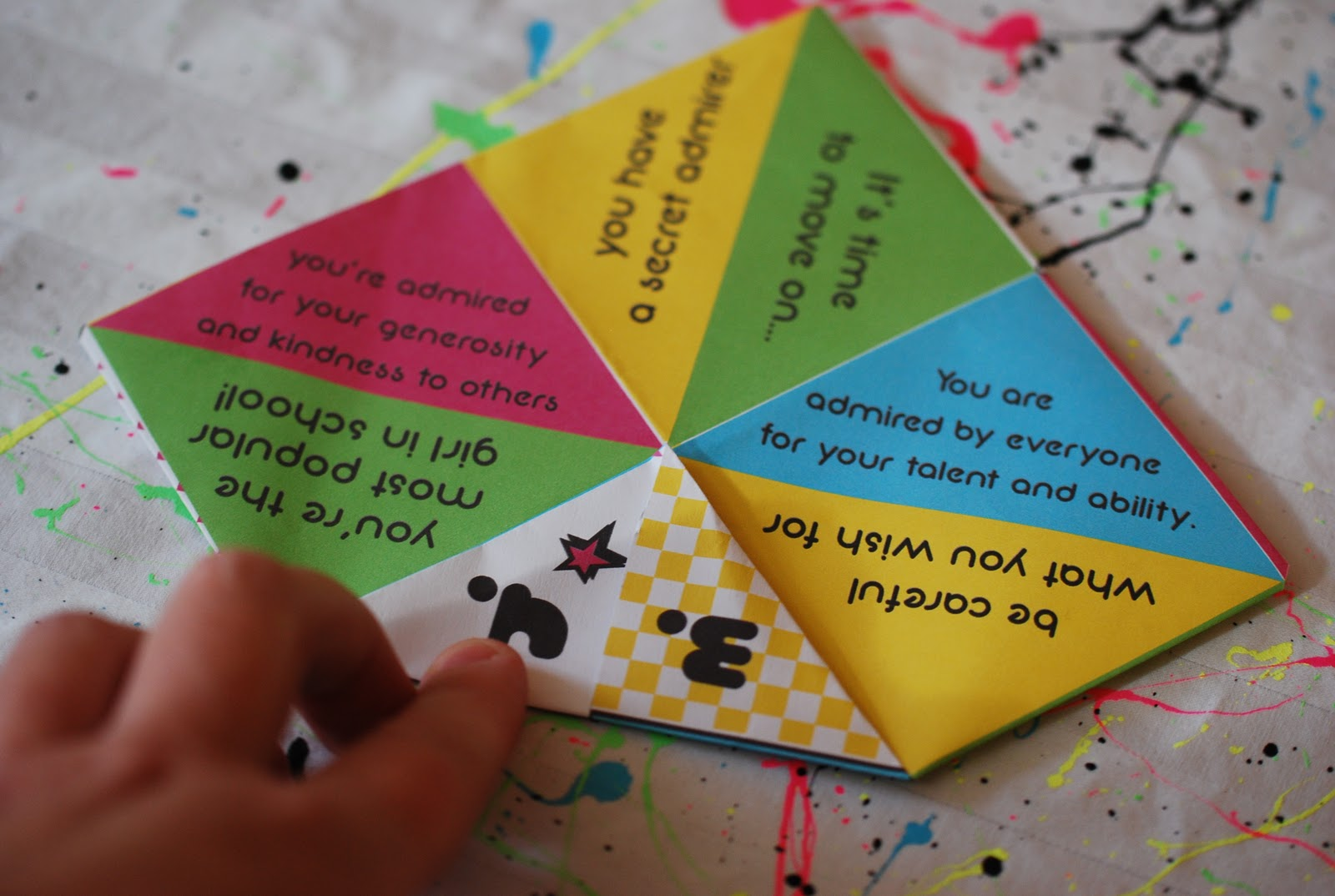 Cootie Catcher Party Favor Tangarang
