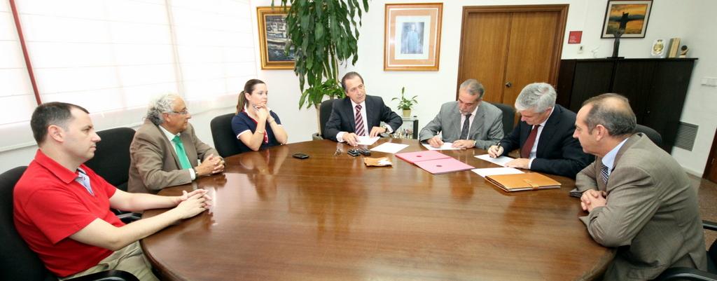 Ajuntament de santa pola oficina de comunicaci la adl for Oficinas la caixa en zaragoza