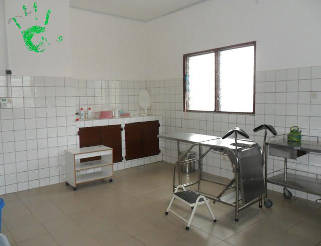 Sala parto del centro medico in Africa