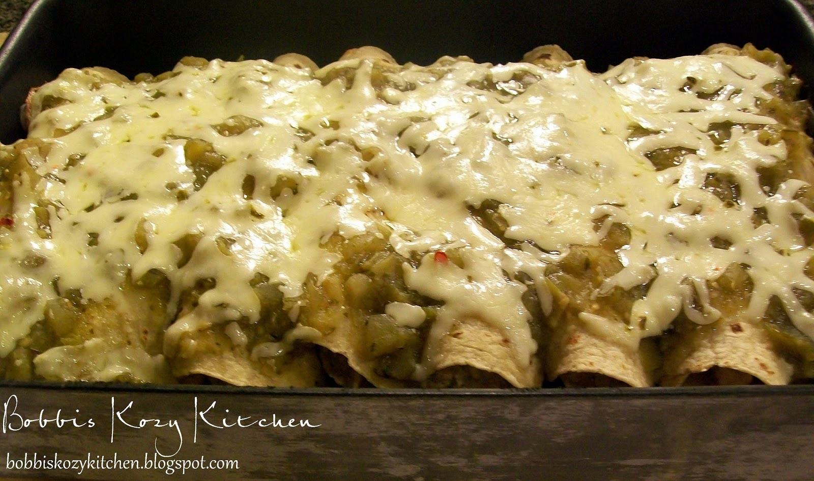 Bobbi's Kozy Kitchen: Chicken Enchiladas with Chili Verde Sauce