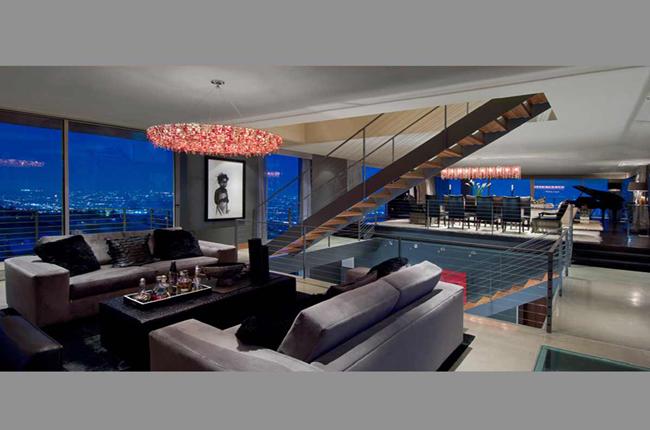 Casas minimalistas y modernas casa moderna en los angeles for Casa moderna 9 mirote y blancana