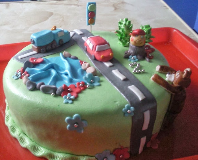 Торт дитячий фотографии