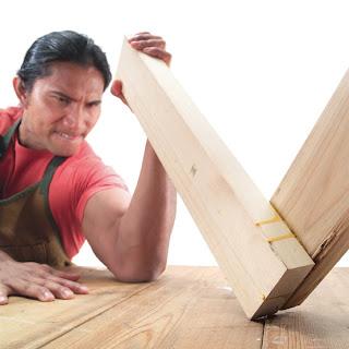 Kelemahan furniture dari bahan kayu