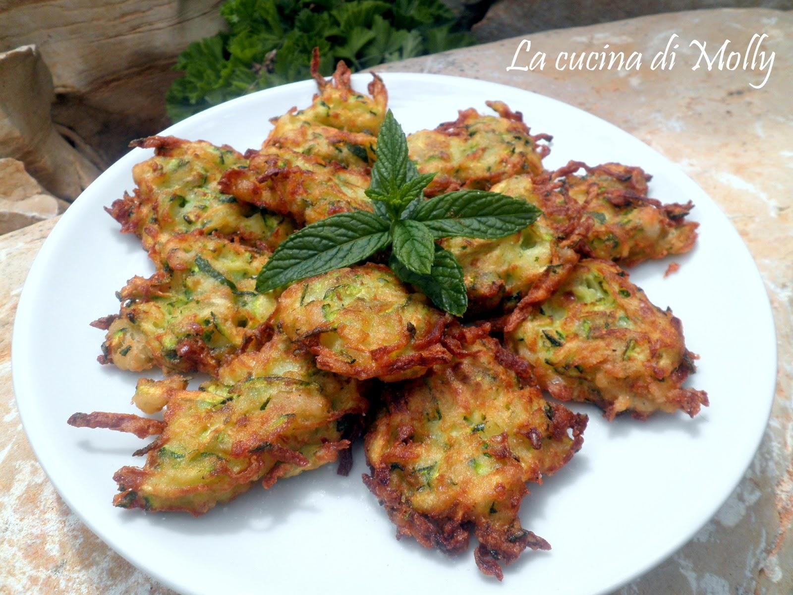 La cucina di molly frittelline di zucchina e menta for La zucchina