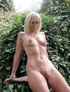 Naughty Lady - rs-05-760372.jpg