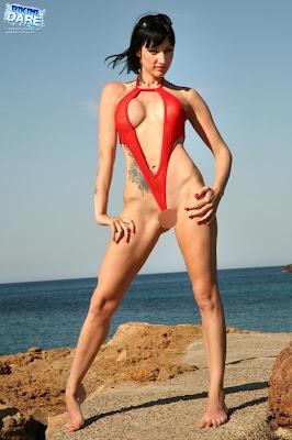 Bikini-Dare_Sofia_18_1