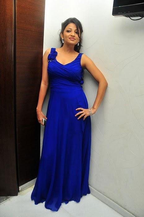 Anusha Jain Upcoming New Telugu Actress Latest Celebrity Photos cleavage