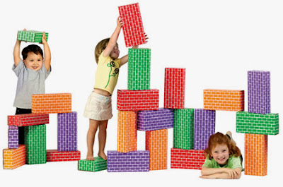 Inilah tips membeli atau memberikan Hadiah Mainan Balita yang Tidak Membahayakan bagi balita itu sendiri