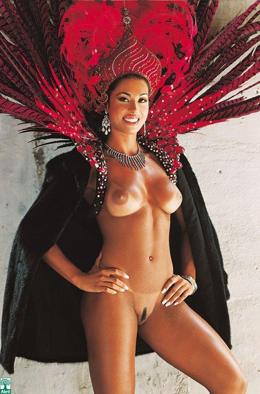 Fotos Scans Da Gracyanne Barbosa Pelada Na Revista Playboy De