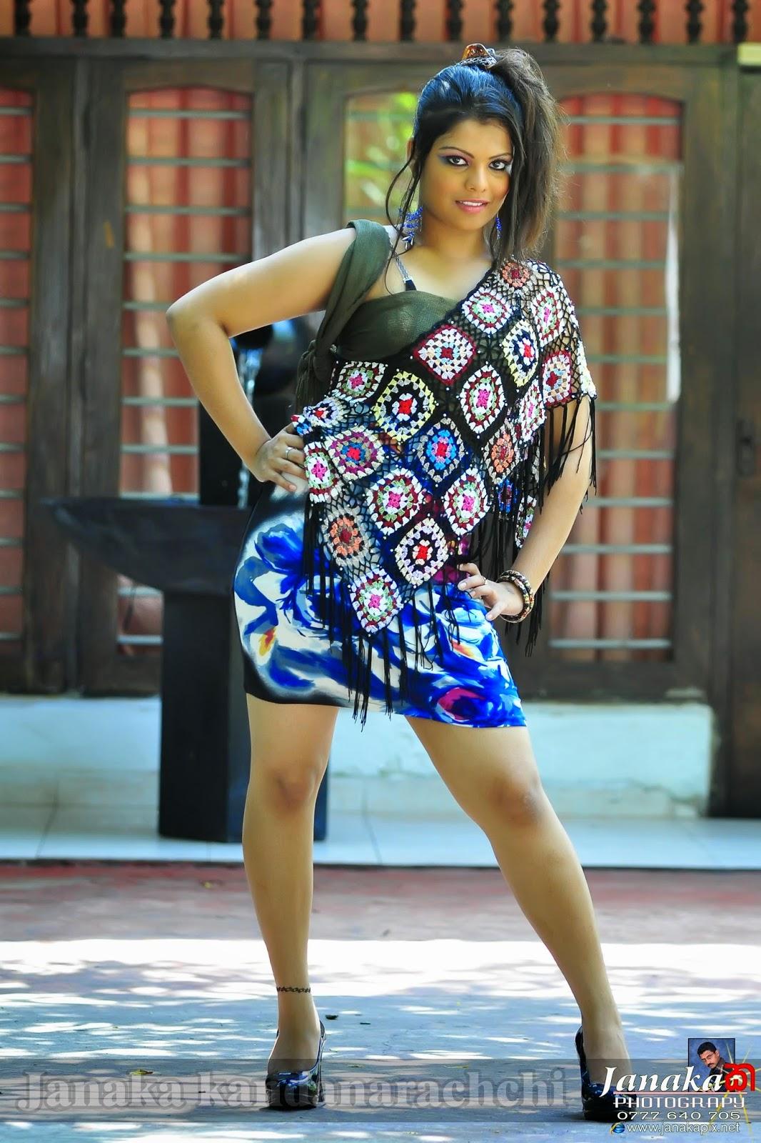Anurada dilrukshi hot