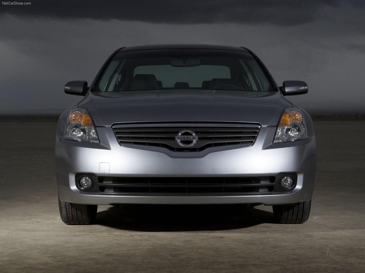 http://1.bp.blogspot.com/-Mid57LqH9Ak/TXR_P-Sjb4I/AAAAAAAADnE/ov23ELHvh8s/s1600/Nissan-Altima_2007_1280x960_wallpaper_07.jpg