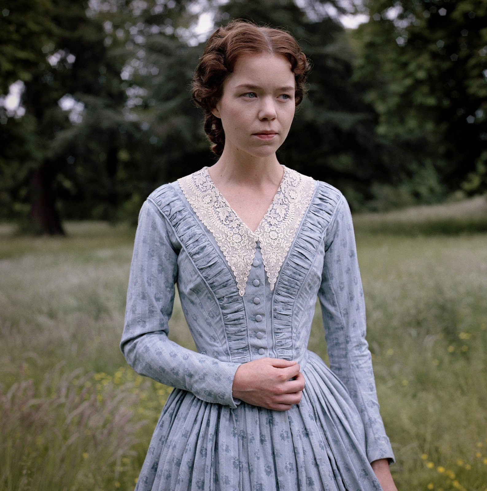 Anna Maxwell Martin Lyra