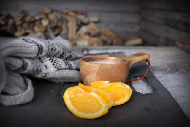 Varm choklad och apelsinklyftor