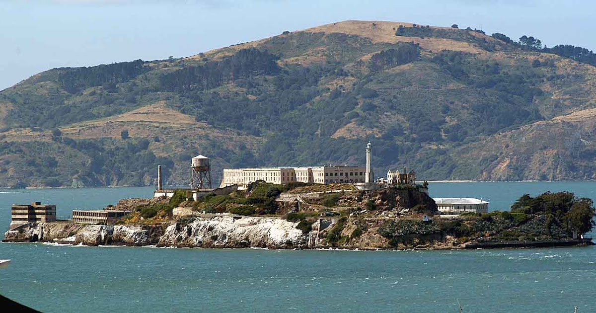 a history of alcatraz island from being a fort to being a federal prison Alcatraz closes 94 why did alcatraz  being on an island  alcatraz as the high-security refuse bin of the federal prison system, but the alcatraz inmates weren.