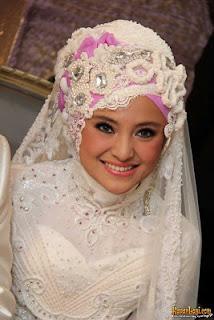 DemikianlahTips Tips Memilih Jilbab Sesuai Bentuk Wajah . Semoga