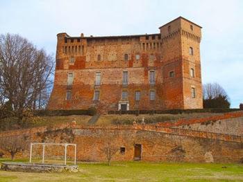 pasquetta fuori porta: caccia al tesoro al Castello di Monticello d'Alba