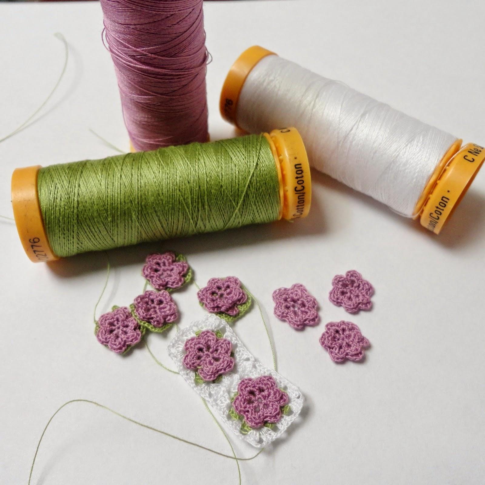 Miniature cushion, dollhouse pillow, miniature crochet