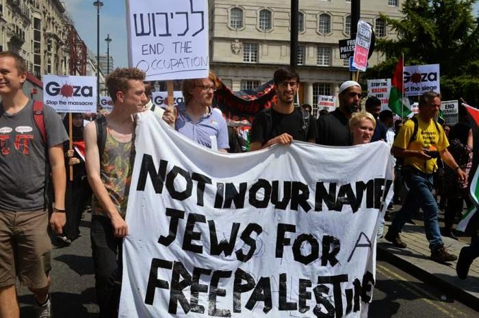 Orang Yahudi Pun Kutuk Kekejaman Zionis Di Gaza