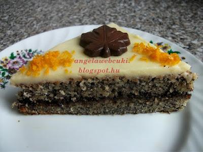 Szilvalekváros máktorta recept, tejtermék mentes sütemény, citromos mázzal és csokoládé levéllel a tetején.