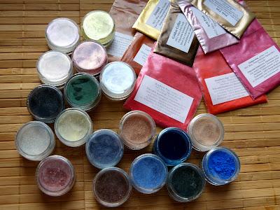 Mój niegroźny bzik – pigmenty mineralne