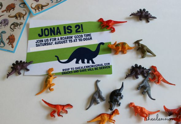 toddler dinosaur birthday party | www.shealennon.com