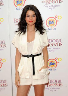 selena gomez-beautiful