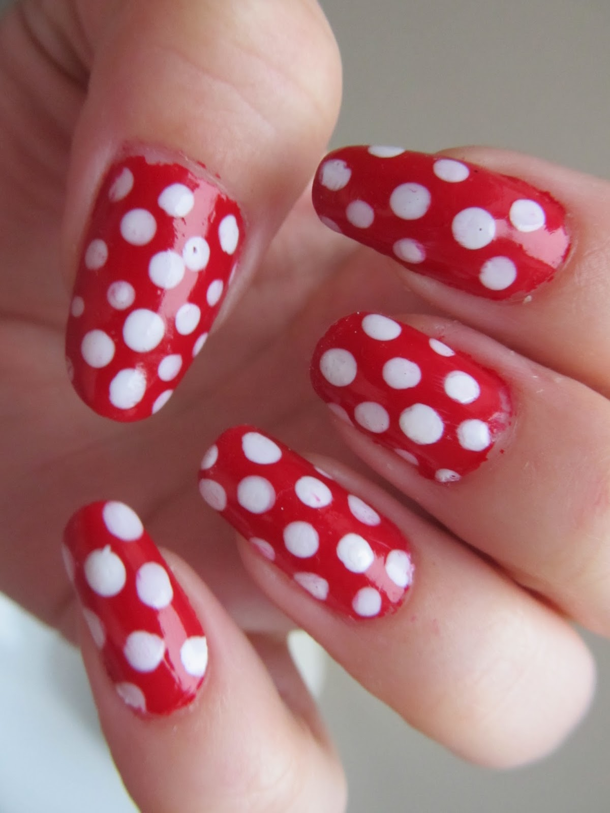 bee mama | beauty, parenting & lifestyle blog: red & white polka