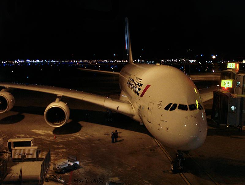 Airbus A380 d'Air France à l'aéroport de Montréal-Trudeau