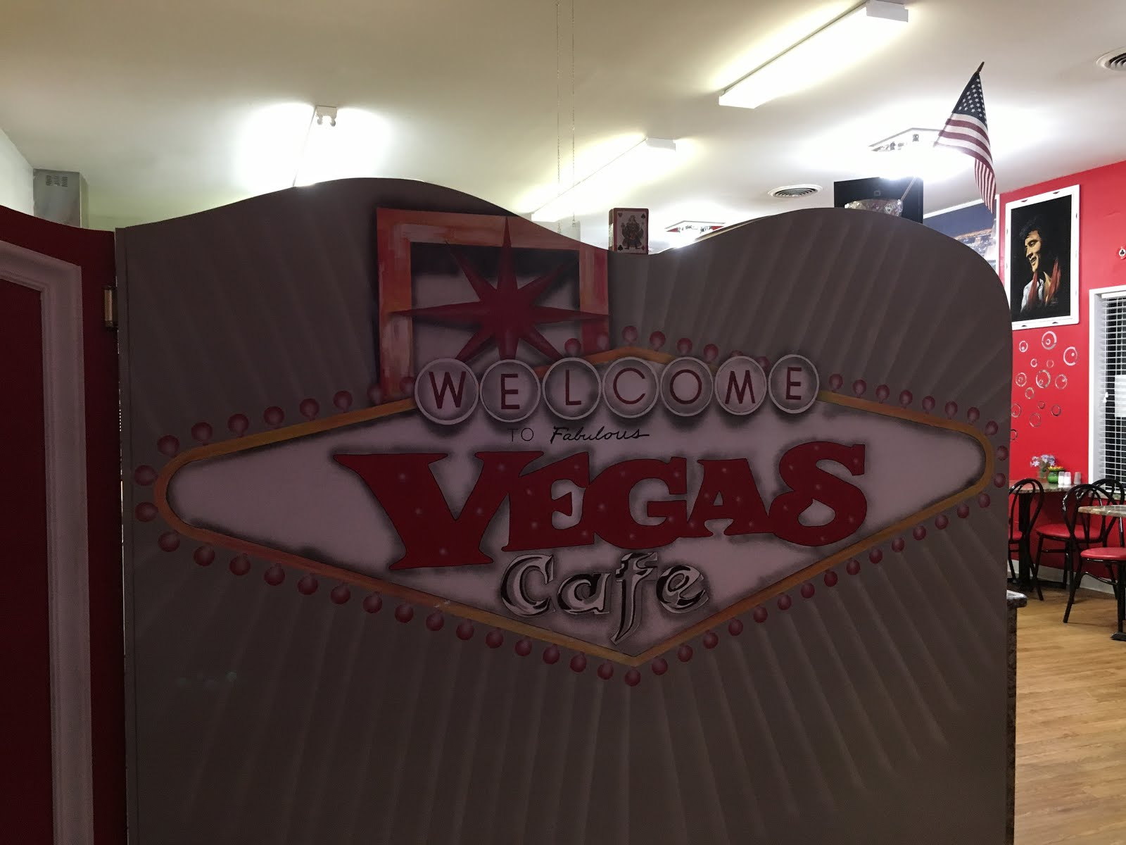 chicago foodie sisters: vegas cafe