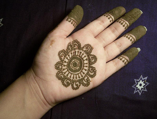 Mehndi Designs Simple And Easy : Mehndi designs easy for hands