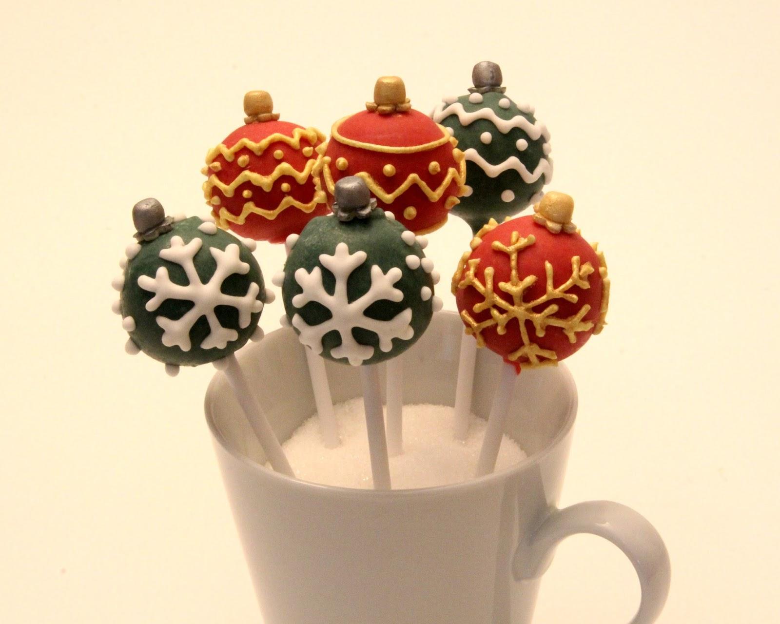 babs bakes cakes anleitung f r weihnachtskugel cakepops. Black Bedroom Furniture Sets. Home Design Ideas
