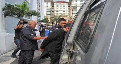 Bekas Anggota Kumpulan Ruffedge Di Penjara 20 Tahun, 10 Sebatan Kerana Rogol Anak Tiri..