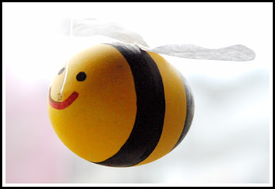 egg bumble bees tutorial
