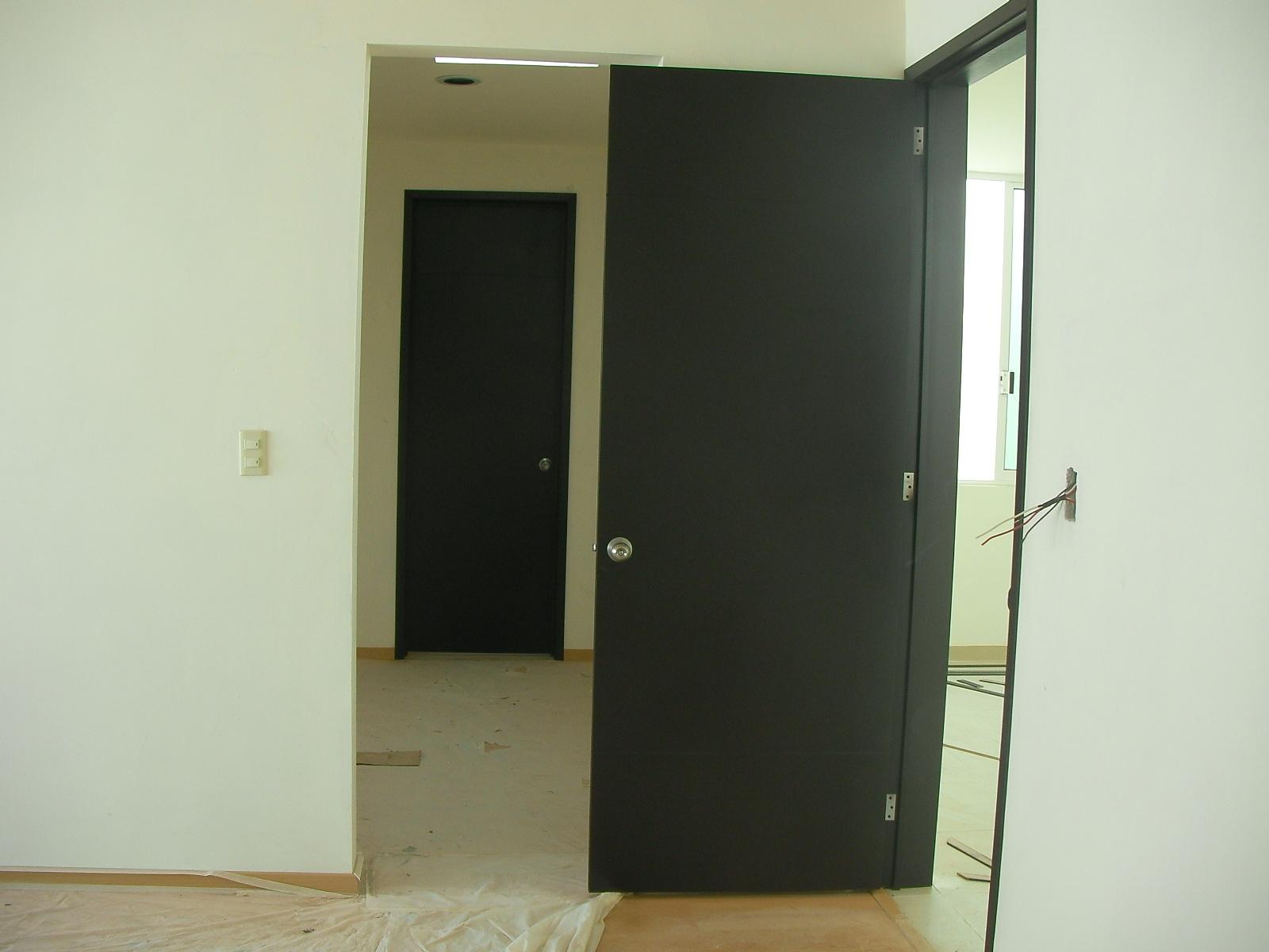Closets y cocinas integrales residencial marzo 2012 for Puertas para recamara