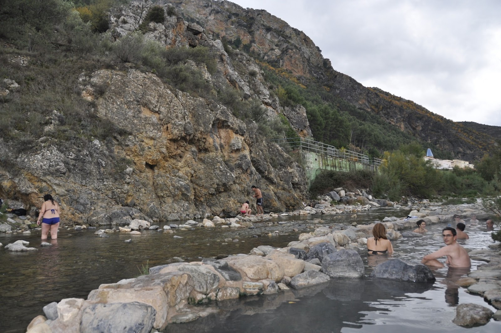 La rioja con ni os las termas y la v a verde de arnedillo quiero ver mundo - Piscinas naturales la rioja ...