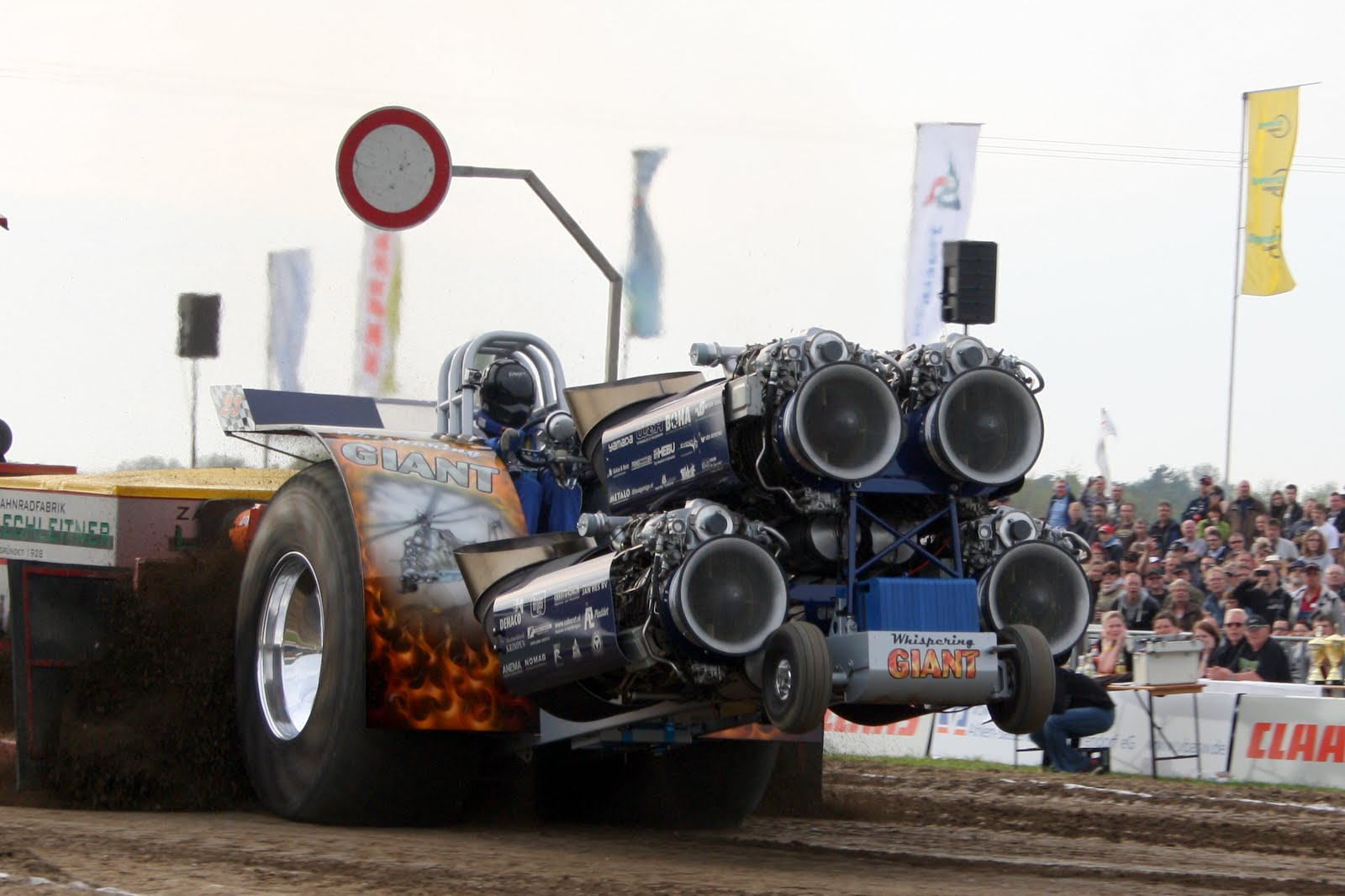 Tractor Pulling Engines : Tractor pulling news pullingworld füchtorf