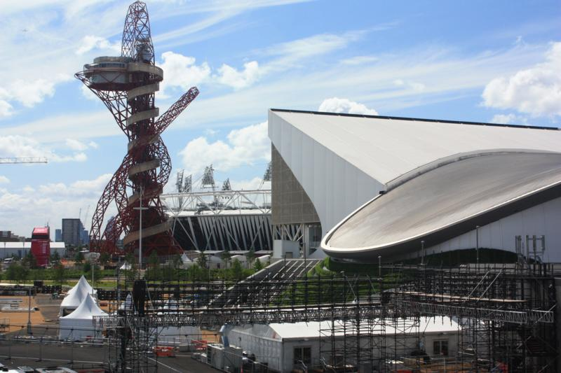 Un lugar en el mundo london 2012 for Construcciones efimeras
