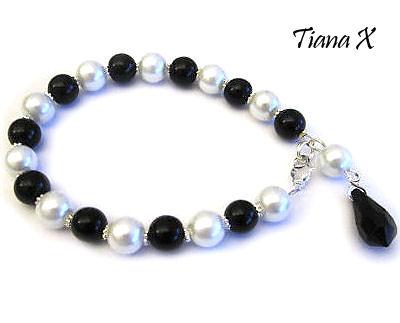Tiana X - rannekoru, mustavalkoinen
