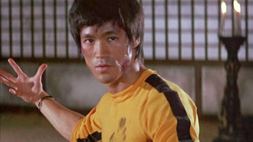 Bruce Lee's yellow jumpsuit may sell for $39,000 in Hong Kong ...