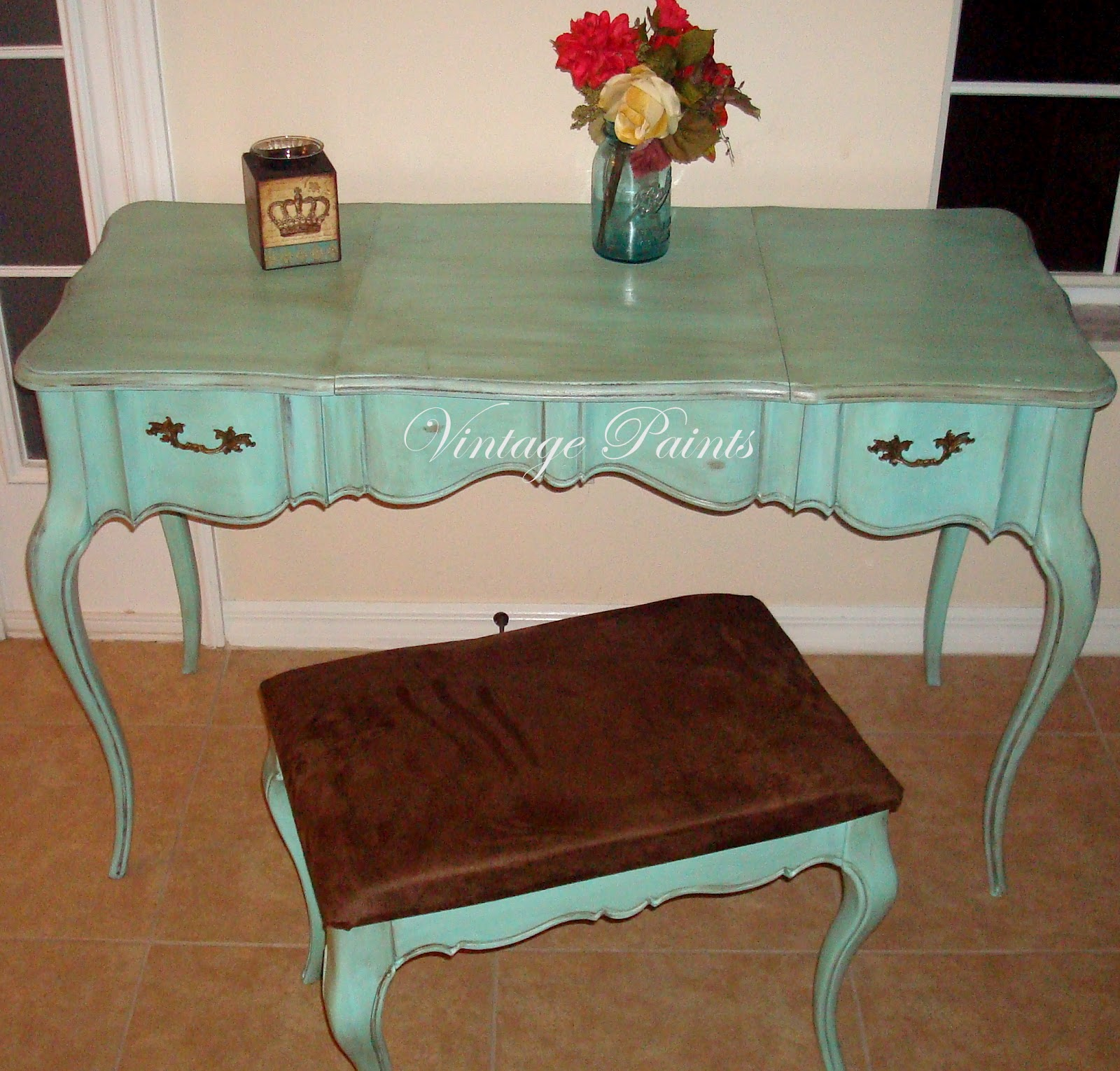 Turquoise vanity set hard knocks weekend vintage paints i did my best and matched it to a color called aqueductwhich is a soft greenish turquoise it would be pretty difficult to make this vanity set geotapseo Images