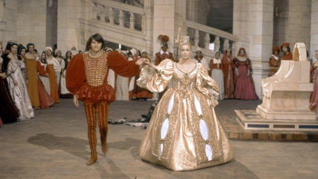 Le prince et la princesse dans Peau d'Âne, séquence tournée au château de Chambord